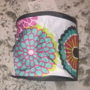 "Thirty-one Oh-Snap bin. 6"" diameter floral print"